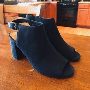 Peep toe chunky heeled ankle booties Navy Size 8.5